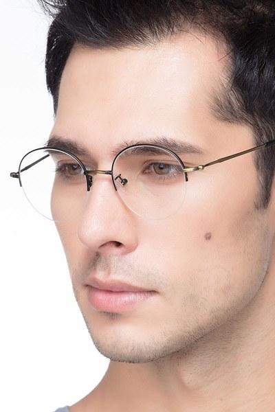Albee - men model image