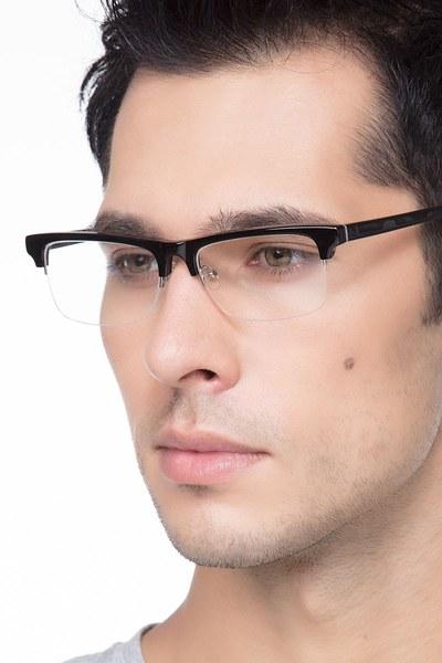Onyx - men model image