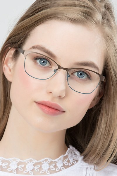 Sabrina - men model image