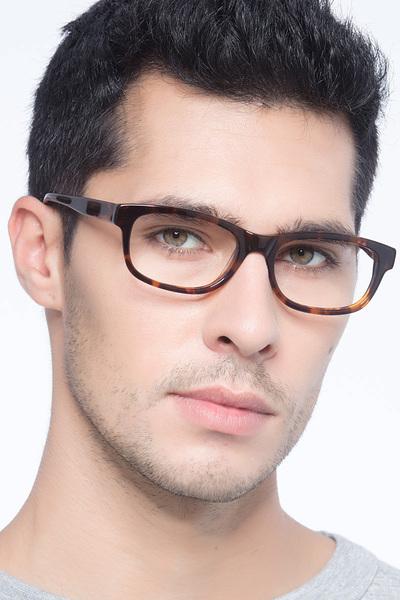 Presley - men model image