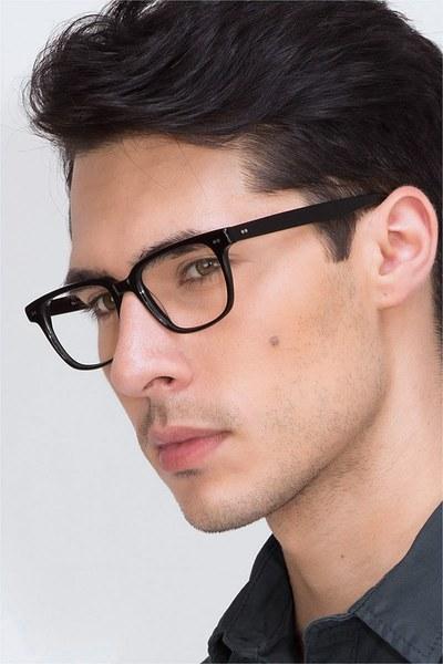 Pacific - men model image