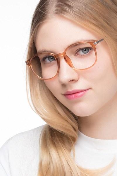 Lindsey - men model image