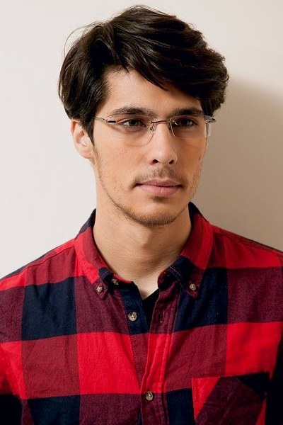 Courtney - men model image