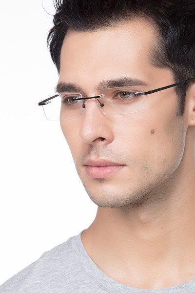 Evasive - men model image
